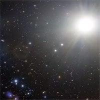 Đến gần chúng ta, siêu sao chổi to bằng 1.000 lần đồng loại