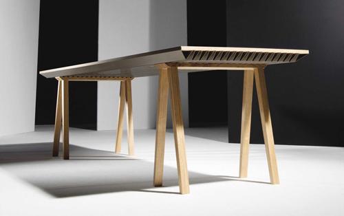 Điều hòa nhiệt độ bằng một chiếc bàn gỗ