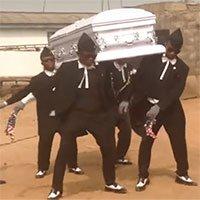 Điệu nhảy quan tài trong đám tang ở châu Phi có ý nghĩa thế nào?