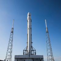 Dời lại sáng ngày 26/02 SpaceX phóng tên lửa Falcon 9 và đáp về Trái Đất