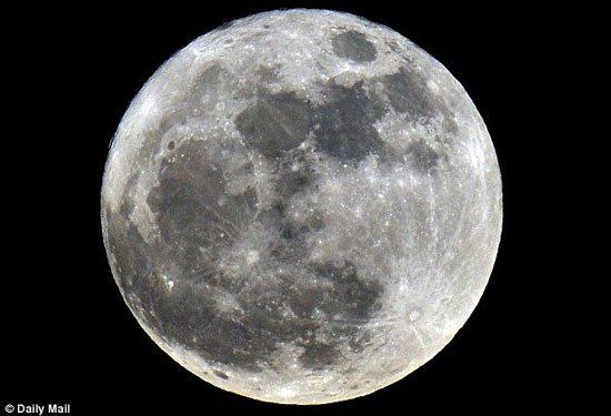 Đua nhau lên Mặt trăng
