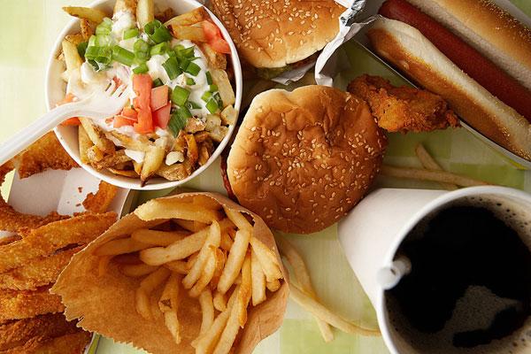 Fast food khiến bạn trở nên hung hăng?