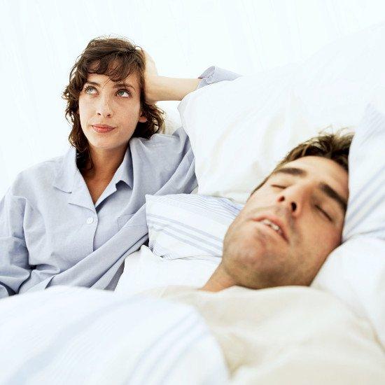 Giải mã hiện tượng nói mơ khi ngủ