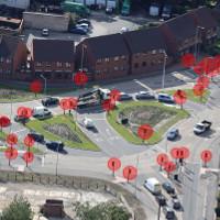 Giao lộ có 42 cột đèn giao thông khiến người dân hoang mang