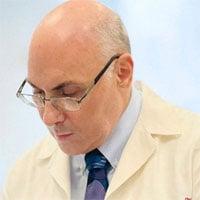 Giáo sư Weissman phát triển vaccine chống mọi virus corona