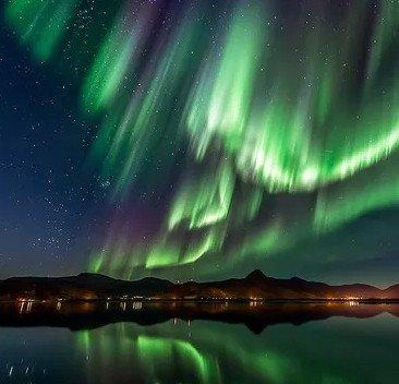 Gió Mặt Trời sẽ thắp sáng Trái Đất tối hôm nay bằng cực quang