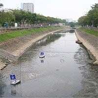 Hà Nội xả nước cuốn trôi toàn bộ kết quả thí nghiệm của chuyên gia Nhật Bản ở sông Tô Lịch