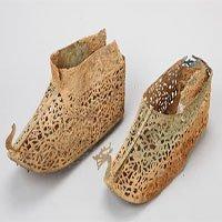 Hàn Quốc phát hiện đôi giày