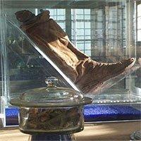 Hang động muối bảo quản xác người nguyên vẹn 2.200 năm