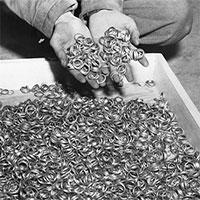 Hé lộ đường hầm bí mật nơi Hitler chôn 21 tấn vàng