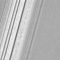 Hình ảnh chi tiết chưa từng có về vành đai băng giá của Sao Thổ