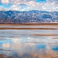 Hồ nước 16km xuất hiện giữa sa mạc nóng nhất thế giới