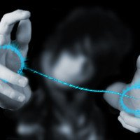 Hoa mắt với màn ảo thuật giúp bạn nhìn xuyên qua lòng bàn tay