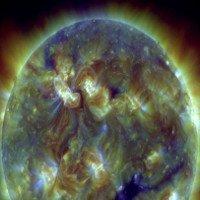 Hôm nay 14/3, bão Mặt trời sẽ đến Trái đất và đây là cảnh báo của NOAA