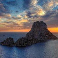 Hòn đảo bí ẩn nhất thế giới có gì đặc biệt?