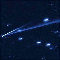 Hubble ghi lại khoảnh khắc cực hiếm tiểu hành tinh tự phân rã