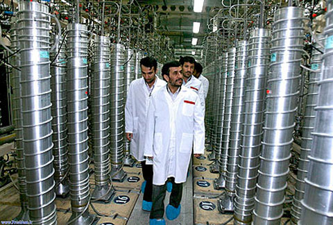 Iran chuyển các thiết bị hạt nhân xuống lòng đất