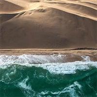 Khám phá bờ biển nguy hiểm bậc nhất hành tinh nhưng cực hút du khách