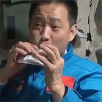 Khám phá thực đơn 120 món của phi hành gia Trung Quốc trên trạm vũ trụ