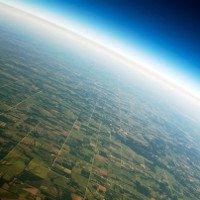 Khí quyển Trái Đất nặng bao nhiêu cân?