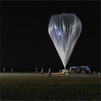 Khinh khí cầu du lịch vũ trụ thử nghiệm bay cao32km