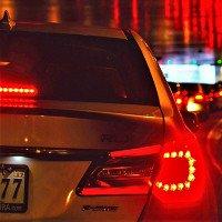 Khoa học chứng minh: Chạy xe bám đuôi là nguyên nhân gây ra tắc đường