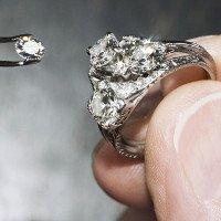 Khoa học nói: Chúng ta hoàn toàn có thể tạo ra kim cương chỉ với... lò vi sóng