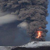 Không phải magma, đây mới là thứ nguy hiểm nhất từ núi lửa