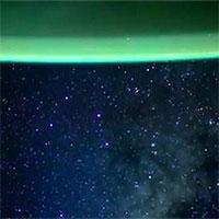 Khung cảnh dải Ngân Hà nhìn từ tàu SpaceX