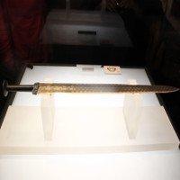 Kiếm báu vẫn sáng bóng sau 2700 năm của Việt Vương Câu Tiễn