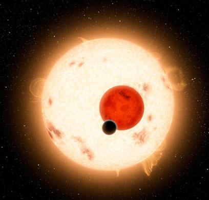Lần đầu tiên phát hiện hành tinh xoay quanh hai sao