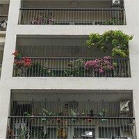 Lắp lưới bảo vệ ở ban công chung cư cao tầng thế nào cho đúng?