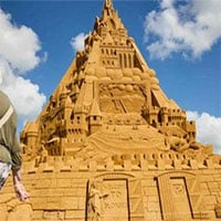 Lâu đài cát lớn nhất thế giới được xây dựng ở vùng biển Đan Mạch