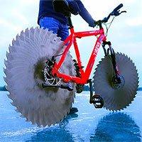 Liệu chúng ta có thể đạp xe trên băng? Chiếc xe thử nghiệm này đã thành công ngoài sức tưởng tượng