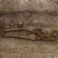 Loạt mộ cổ chứa bảo vật