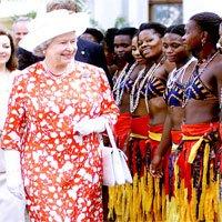 Lý do Nữ hoàng Anh là người duy nhất không có hộ chiếu