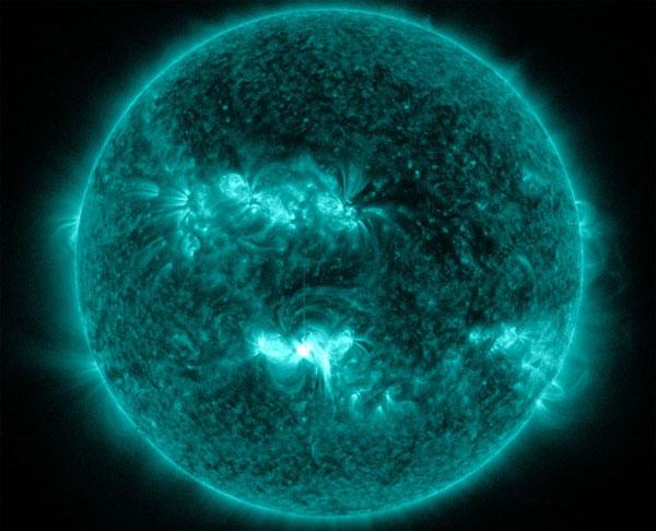 Mặt trời phun vết lóa cấp X