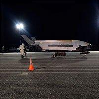Máy bay bí ẩn X-37B của Mỹ quay lại không gian