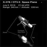 Máy bay tối mật của Mỹ bị chụp ảnh khi hoạt động trên vũ trụ