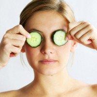 Máy massage mắt - Lựa chọn tuyệt vời cho dân văn phòng