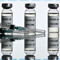 Moderna đã thiết kế vaccine Covid-19 đột phá chỉ trong 2 ngày như thế nào?