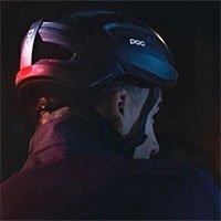 Mũ bảo hiểm thông minh tự bật đèn khi trời tối