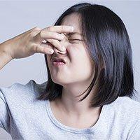 Mùi cơ thể thay đổi khi ở gần những người ốm