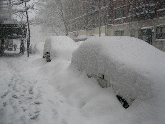 Mỹ phải ban bố tình trạng khẩn cấp do bão tuyết