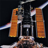 NASA hồi sinh thành công kính viễn vọng Hubble