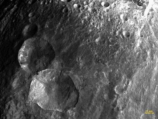 NASA khám phá hành tinh bị bỏ quên Vesta