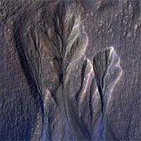 NASA vô tình chụp được nơi sinh vật ngoài hành tinh trú ẩn?