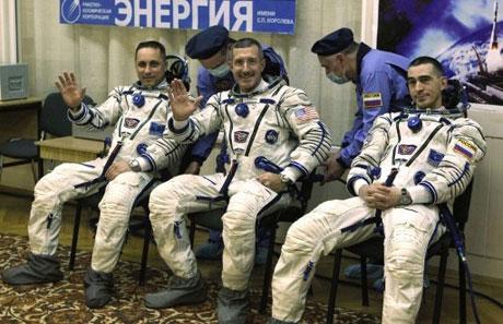 Nga phóng tàu đưa người lên ISS