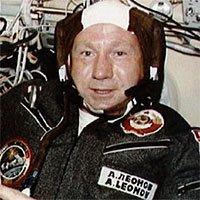 Người đầu tiên đi bộ trong không gian qua đời