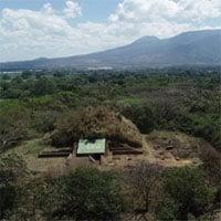 Người Maya xây kim tự tháp 1.500 năm từ đá núi lửa